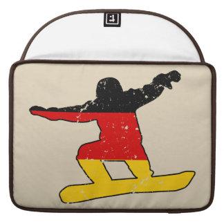 Funda Para MacBook SNOWBOARDER alemán de la bandera (negro)