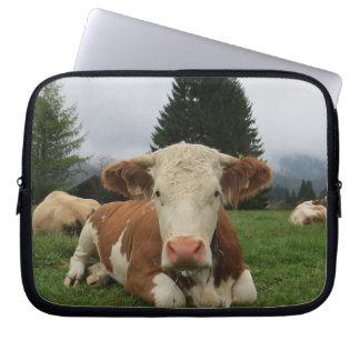 Funda Para Ordenador Ciérrese para arriba de una vaca marrón y blanca