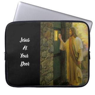 Funda Para Ordenador Jesús en su vintage de la puerta