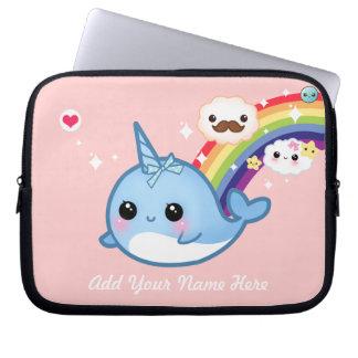 Funda Para Portátil Bebé lindo narwhal con el arco iris y las nubes en
