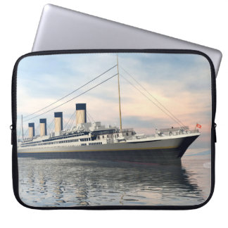 Funda Para Portátil boat_titanic_close_water_waves_sunset_pink_standar