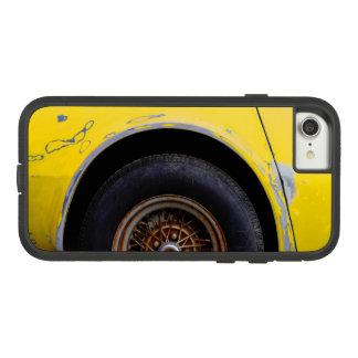 Funda Tough Extreme De Case-Mate Para iPhone 8/7 Neumático oxidado de Roadmaster, pelando el coche
