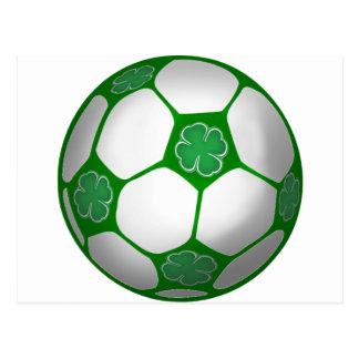 Fútbol del trébol del día de St Patrick personaliz Postal