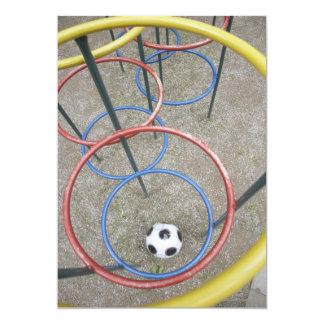 Fútbol en patio invitación 12,7 x 17,8 cm