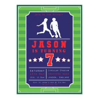 Fútbol - fútbol - muchachos - cumpleaños - invitación 13,9 x 19,0 cm