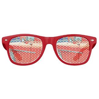 Gafas De Fiesta Retro Coche viejo como sombras de un fiesta del bosquejo