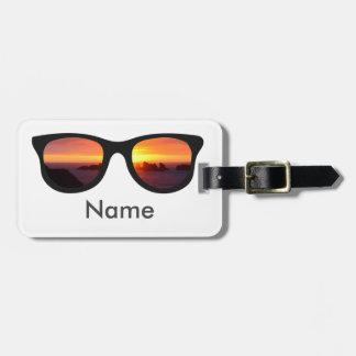 Gafas de sol de la puesta del sol etiqueta para maletas