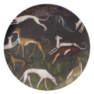Galgos medievales en las maderas profundas plato