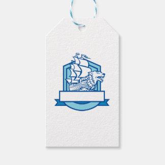 Galleon con el lobo en el escudo del arco retro etiquetas para regalos