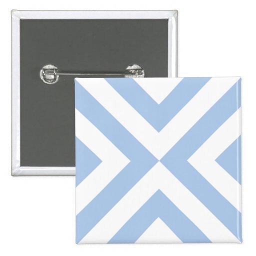 Galones azules claros y blancos pin