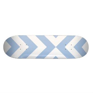 Galones azules claros y blancos monopatín personalizado