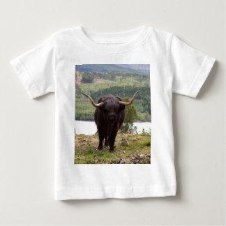 Ganado negro de la montaña, Escocia Camiseta De Bebé