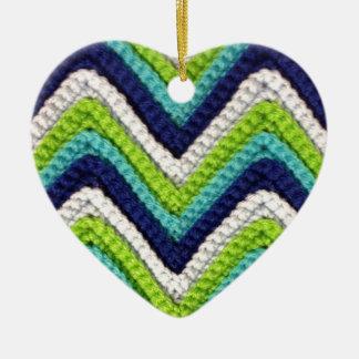 Ganchillo azul Chevron Adorno De Cerámica En Forma De Corazón