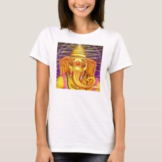 Ganesha con la camiseta del casco