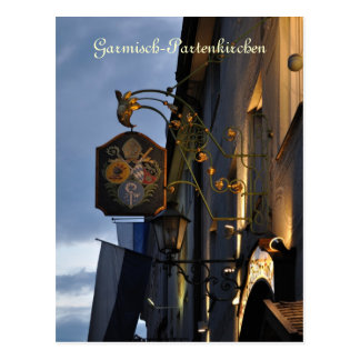 Garmisch-Partenkirchen en la postal de la noche