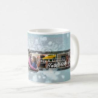 Gary y tazas de café oficiales de Almeda Hardwick