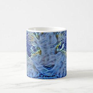 gatito azul del alcohol de la raqueta taza de café