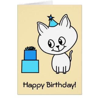 Gatito blanco lindo en un sombrero azul del cumple tarjeta de felicitación