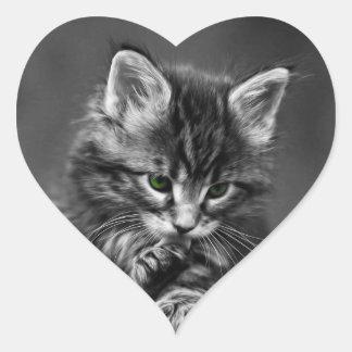 Gatito de ojos verdes calcomania de corazon personalizadas