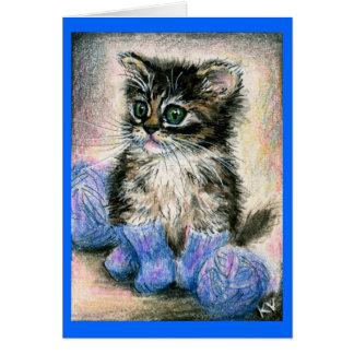 Gatito lindo en tarjeta de nota hecha punto de los