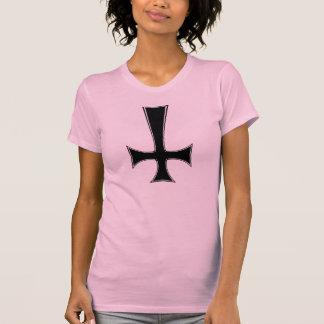 gatito satánico, cruz invertida camisetas