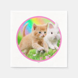 Gatito y conejito con el arco iris servilleta desechable