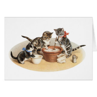 Gatitos en la cocina tarjeta de felicitación