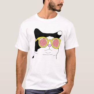 Gato del inconformista camiseta