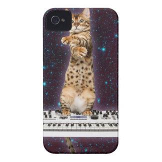 gato del teclado - gatos divertidos - amantes del funda para iPhone 4 de Case-Mate