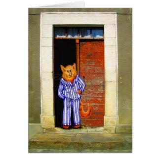 Gato en pijamas rayados, en entrada abierta tarjeta de felicitación