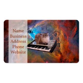 Gato en un teclado en espacio tarjetas de visita