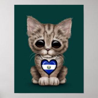 Gato lindo del gatito con el corazón de El Salvado Impresiones