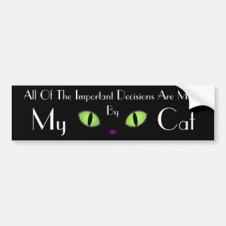 Gato negro con los ojos verdes grandes pegatina para coche