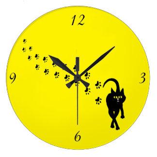 Gato negro Pawprints Reloj Redondo Grande