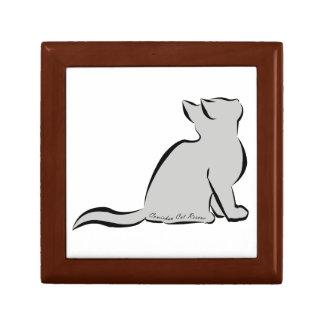 Gato negro, terraplén gris, texto interior caja de regalo