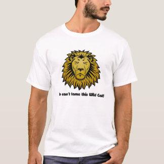 Gato salvaje del león camiseta