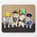 Gatos divertidos del pueblo alfombrilla de ratones