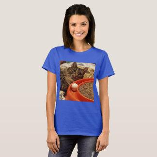 Gatos en el juego camiseta