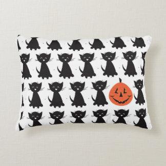 Gatos negros y almohada de Jack