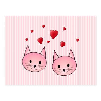 Gatos rosados lindos, con los corazones rojos del postal