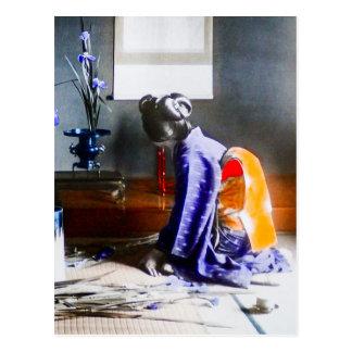 Geisha que arregla el vintage Japón viejo de las Postal