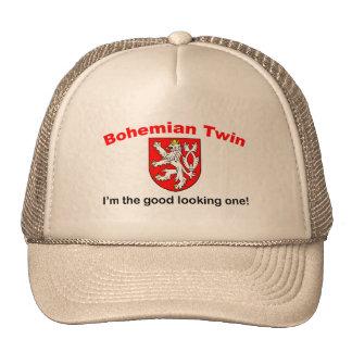 Gemelo bohemio apuesto gorra