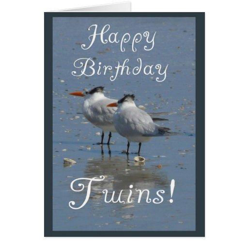 ¡Gemelos del feliz cumpleaños! - Dos pájaros idént Tarjetón