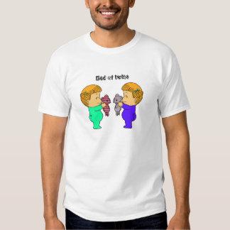 Gemelos lindos de la niña camiseta