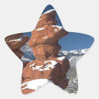 Gemelos siameses y pico de los lucios pegatina en forma de estrella