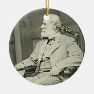General confederado Roberto E. Lee Sitting en sill Adorno Para Reyes