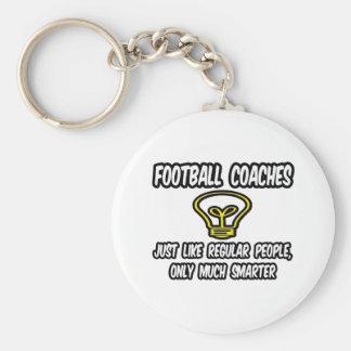 Gente regular de los entrenadores de fútbol… sola llavero