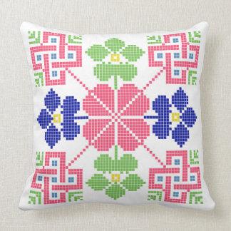 geom étnico tradicional del símbolo popular del cojín decorativo