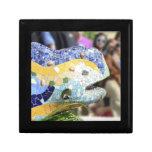 Giftbox del dragón de Guell del parque Cajas De Regalo