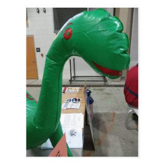 Globo del dinosaurio postal
